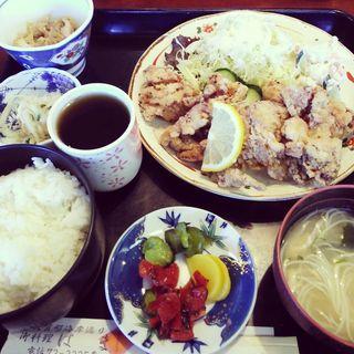 唐揚げ定食(レストランはま )