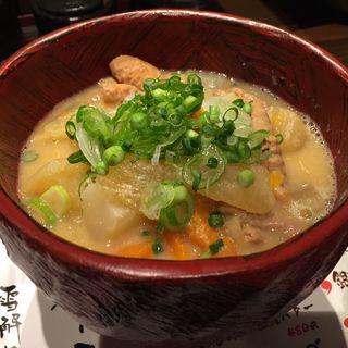 もち豚もつ煮(湯沢釜蔵 (ユザワカマクラ))