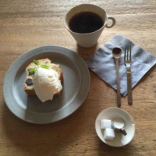 パン・珈琲(うぐいすと穀雨)