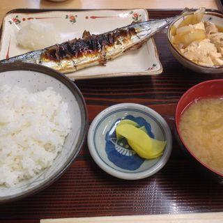 サンマ塩焼き定食(やまだや )