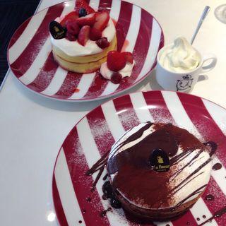 ストロベリーパンペーキ(カフェ ラ・ポーズ ルクア大阪店 (La Pause))