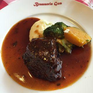 MenuB (牛ほほ肉のワイン煮)(ブラッスリー・グー (Brasserie Gus))