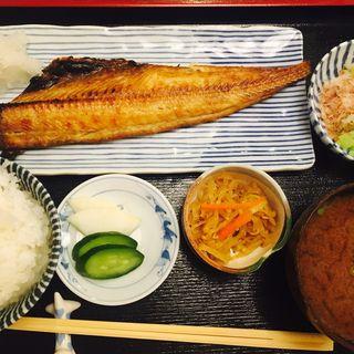 ホッケ焼き定食(志乃ぶ (しのぶ))
