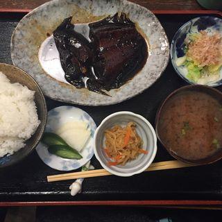 カレイの煮付け定食(志乃ぶ (しのぶ))