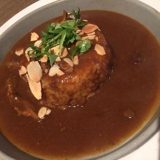 牛すじ煮込みカレー(タブレス コーヒーベーカリー&ダイナー )