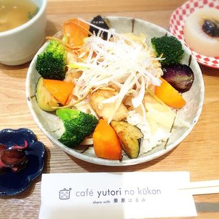 白身魚と野菜の黒酢あんかけごはん(カフェ ゆとりの空間 大丸京都店 (cafe yutori no kukan))