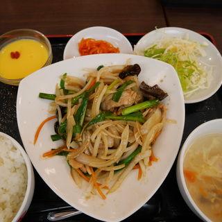 豚肉ともやしの炒め定食(あおりや)