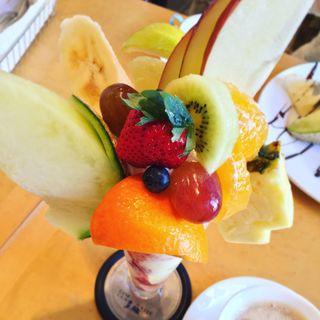 フルーツパフェ(たなかフルーツ )