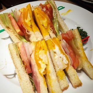 クラブハウスサンドセット(CAFE&BAKERY MIYABI 橋本店 (カフェ&ベーカリー ミヤビ))