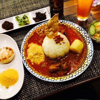 オスラサディナー(オスアシリ アーユルヴェーダ ダイニング サロン (OSUASIRI AYURVEDA DINING SALON))