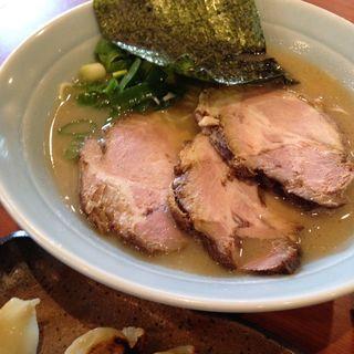 半ちゃーしゅー麺(らーめん専門店 小川 本店 (おがわ))