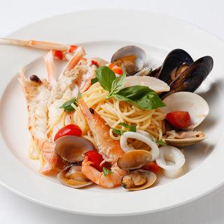 鮮魚のパスタ(サバティーニ・ディ・フィレンツェ 東京店 (SABATINI di Firenze))