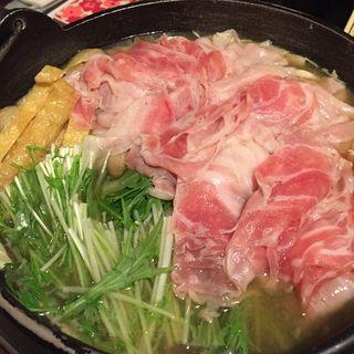 豚すき鍋(根 五稜郭店 (コン))