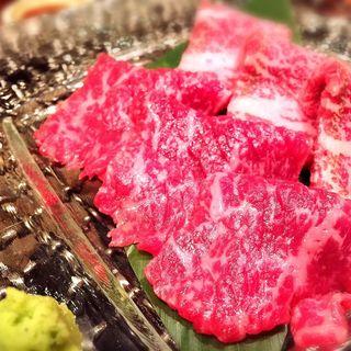 牛刺し(十々 西麻布店 (ジュウジュウ))