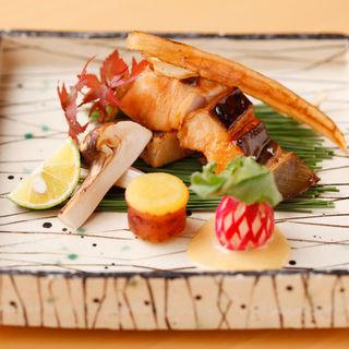 鰆の照り焼き 松茸とともに(寿司割烹 濤崎)