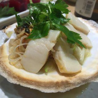 ほたてバター焼き(江戸前 びっくり寿司 自由が丘1号店 (えどまえ びっくりずし))