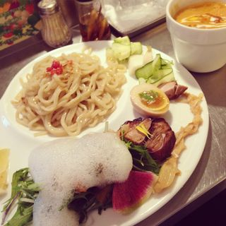つけ麺 海老とトマトのスープ(麺や庄の gotsubo)