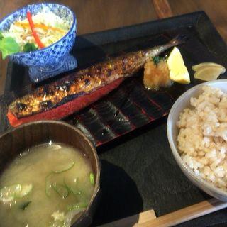 明太さんま定食(たらこcafe)