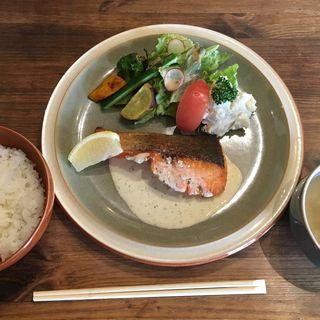 サーモンのクリームソース(cafe soto (カフェ ソト【旧店名】Soto dining))