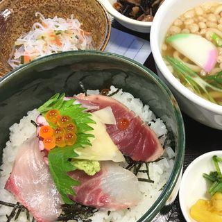 ミニ海鮮丼定食(板前居酒屋ゆうや 木津まち横丁店 )