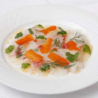 鮮魚のカルパッチョ(オザミ・デ・ヴァン 本店 (AUXAMIS des Vins))