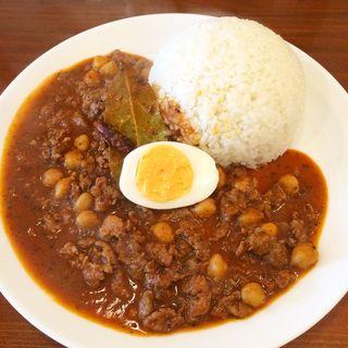 ひよこ豆とスパイシーラムキーマ(オカノカリー (OKANO CURRY))