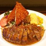 ポークソテー定食(バター醤油ソース)(ボンバーキッチン )
