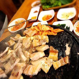 サムギョプサル   豚生三段バラ肉セット(ヌルンジ)
