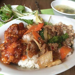 トムヤムクン麺(チャオチャオバンブー )