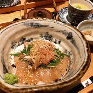 真鯛の胡麻醤油和え丼御膳(六本木いなきあ )