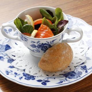 サーモンと野菜のカクテル(藤丸 (フジマル))