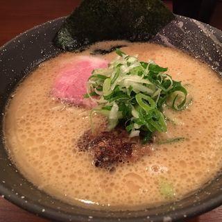 豚鳥節ラーメン(らーめん 会(KAI)元町店)