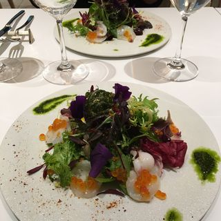 イイダコとイクラと旬の野菜のサラダ(アドニス ティ テーブル (Adonis T table))