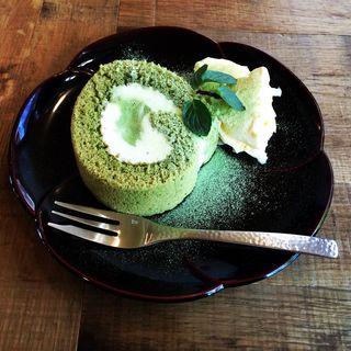 抹茶ロールケーキ(cafe otowa)