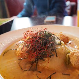 シソつくねの韓国風スープご飯(roku cafe (ロクカフェ))