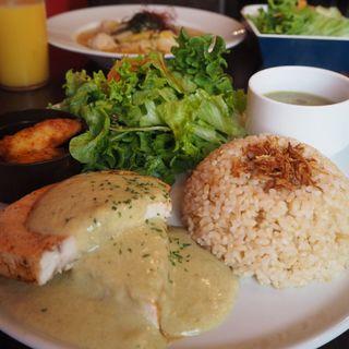 メカジキのクリームソースプレート(roku cafe (ロクカフェ))