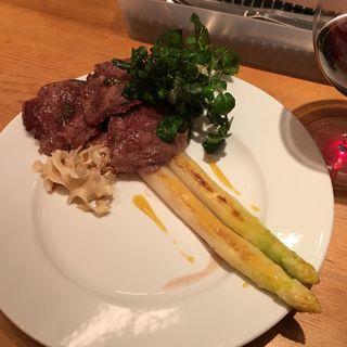 和牛スネ肉と旬野菜のソテー(たこりき )