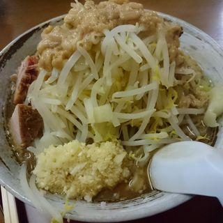 ラーメン 少なめ ( 200g ) + ニンニク ・ アブラ(AKASAKA ANEX 雷電)
