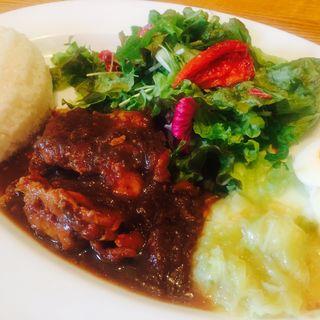 鶏もも肉の黒ビール煮こみ(ビストロ・ル・マン (BISTRO Le MAN))