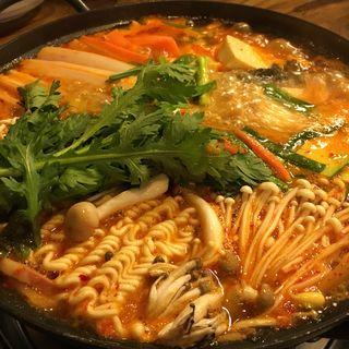 プデチゲ(韓国料理 漢江)