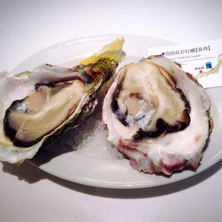 岩牡蠣(GUMBO&OYSTERBAR東京駅八重洲地下街店)