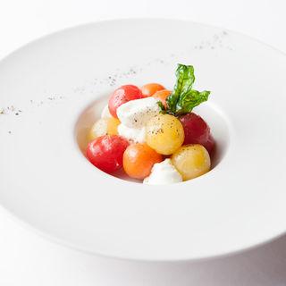 フルーツトマトのカプレーゼ(LE LUCE)