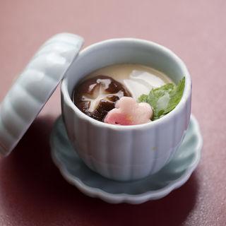 自家製茶碗蒸し(割烹よし田 )