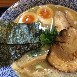 濃厚鶏魚介特製ラーメン(らーめん 鈴家 )