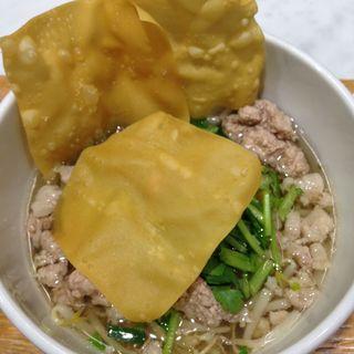チキン汁ヌードル(マンゴツリーキッチン 横浜ジョイナス )