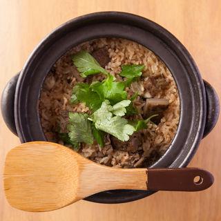 牡蠣と鯛の炊き込みご飯(博多ひさご)