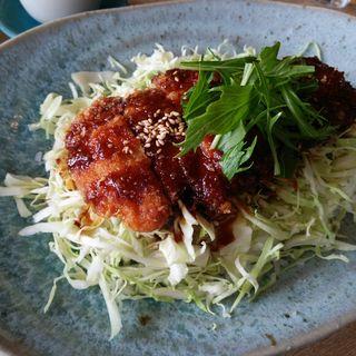 発酵豚の味噌カツ丼(CAFE & DINING 海音)