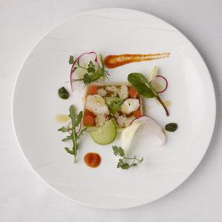 海老と野菜のテリーヌ