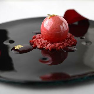 苺のジェラート(レストラン レカイヨ銀座)