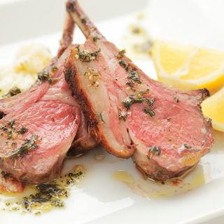 ラム肉のグリル(トラットリア パージナ)